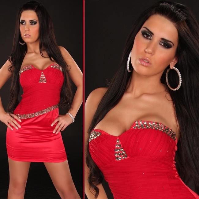 красные платья на выпускной + фотки. красные платья на выпускной.